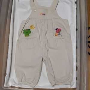 Carters Overalls sz 0-3 months